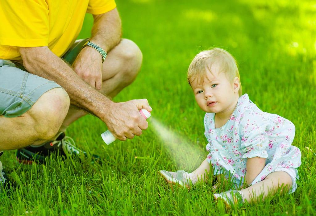 Sichere und unsichere Mückenschutzmittel für Kleinkinder