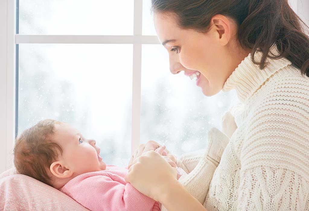 5 Möglichkeiten, die Haut Ihres Babys in trockenen Wintermonaten zu pflegen