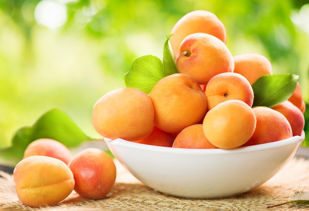 Aprikose für Babys - Nutzen für die Gesundheit und Rezepte
