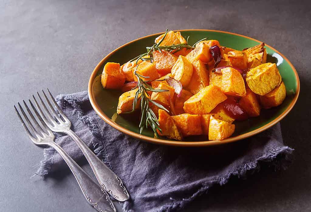 Gegrillte süße Kartoffelwürfel