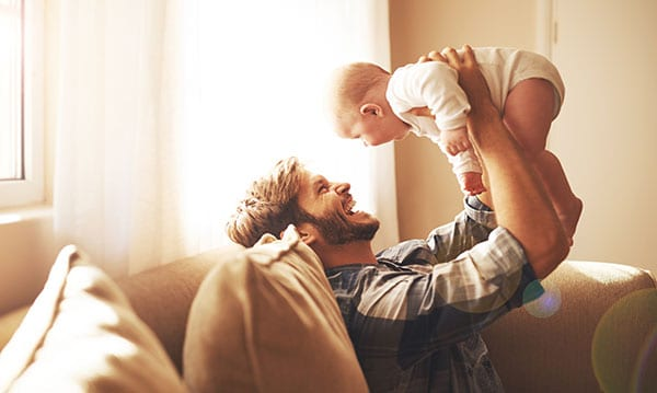 How to Bond with Your Baby: Advice for Dads