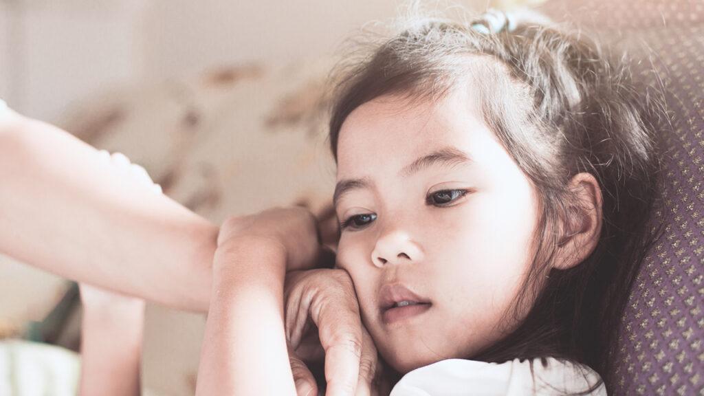 So bewahren Sie Ihre geistige Gesundheit, wenn Sie die Eltern des Kindes sind, das IMMER krank wird