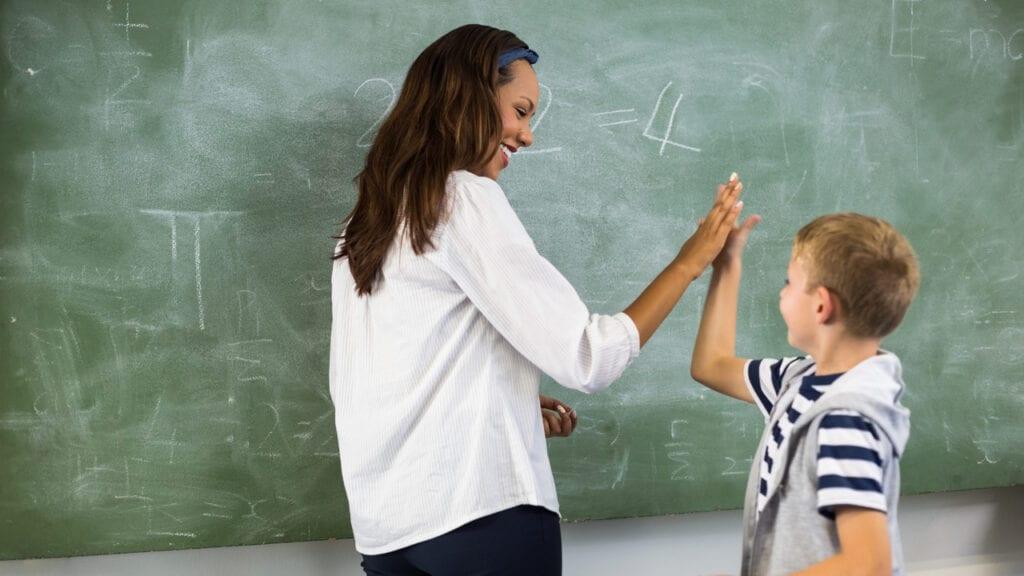 Der Sommer steht vor der Tür: Nehmen wir uns Zeit, um anzuerkennen, dass Lehrer Heilige ausflippen