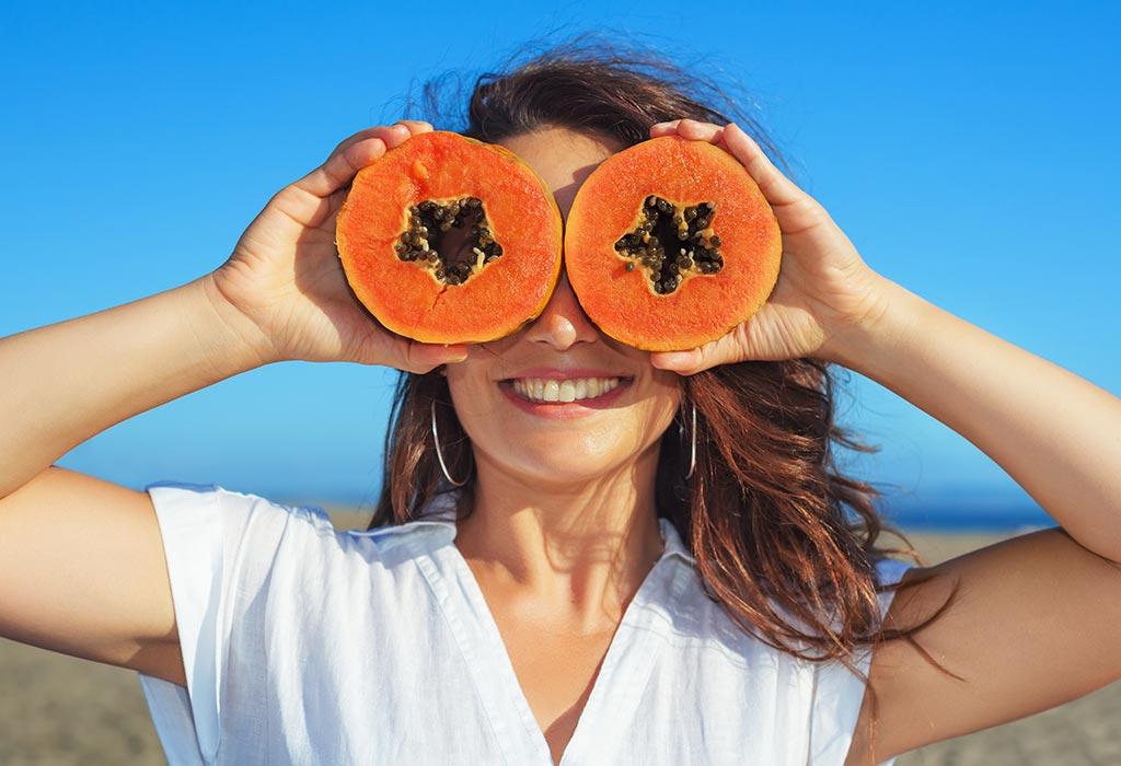 Warum Sie Papaya während des Stillens essen sollten
